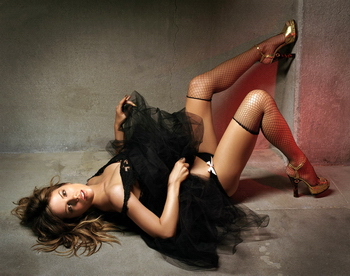 Kate Beckinsale - GQ Magazine UK Photoshoot June 2004