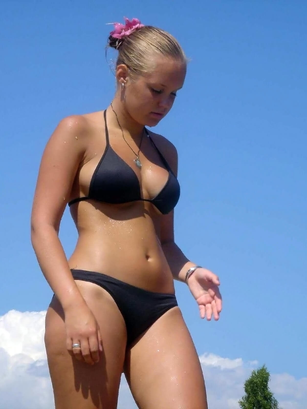 Jailbate Girl in Black Bikini